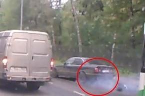 17-летний водитель BMW сбил женщину на остановке