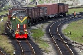 В Москве товарный поезд врезался в бетономешалку