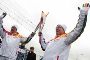 Олимпийский огонь в Москве погас во второй раз