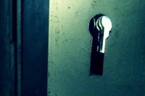 Двое мигрантов шли домой и по ошибке вломились в чужую квартиру