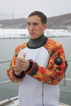 Олимпийский факел на дне Байкала 23 ноября 2013 года : Фото