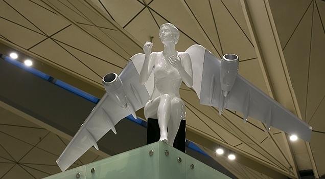 Ангелы-самолеты в «Пулково» напугали пассажиров: Фото