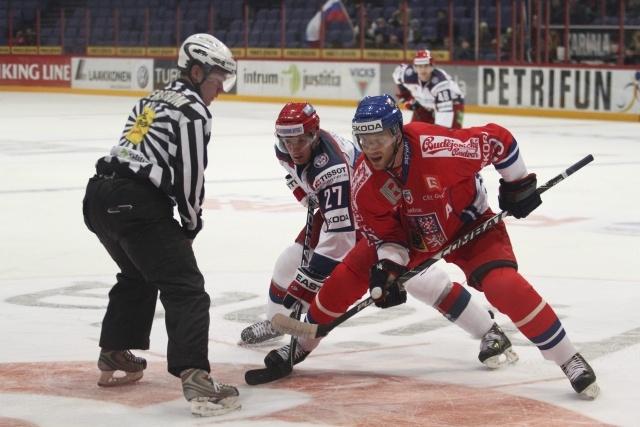 Сборная России по хоккею обыграла Чехию в кубке «Карьяла»: Фото