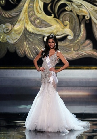 """Победительница """"Мисс Вселенная - 2013"""" Габриэла Ислер 9 ноября 2013 года : Фото"""