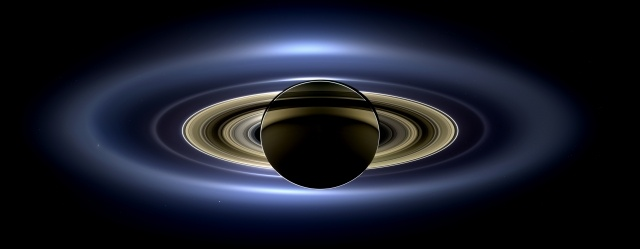 Зонд «Кассини» сделал панорамный снимок Марса, Земли, Сатурна и Венеры: Фото