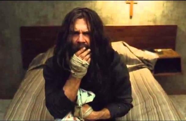 Рецензия: «Олдбой» - окровавленная подушка и шашлык из мышей