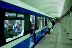 В петербургском метро сломался новый поезд «НеВа»