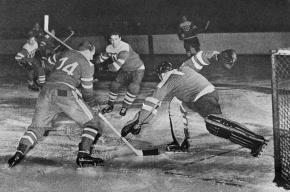 Скончался первый советский чемпион мира по хоккею Александр Комаров