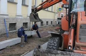 На севере Москвы экскаватор насмерть сбил девушку