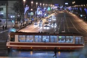 На проспекте Энгельса трамвай № 58 сошел с рельсов