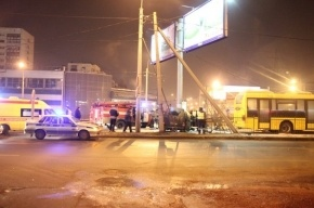 В массовом ДТП на улице Бабушкина погиб один человек, пострадали трое