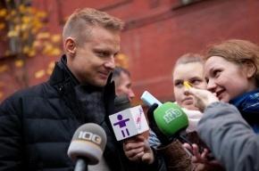 Прокуратура Петербурга взяла на контроль поиски автомобиля, угнанного у жены Малафеева