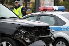 В Петербурге на Театральной площади иномарка сбила девушку на «зебре»