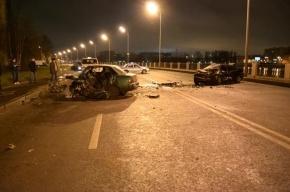 Два человека погибли в ДТП с участием полицейского в Ростовской области