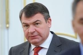 Сердюков не появляется на новой работе уже две недели