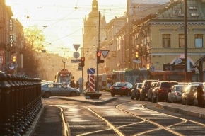В Петербурге трамвай №18 застрял в свежеуложенном асфальте