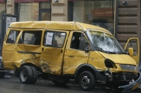 Под Курганом перевернулась маршрутка, 9 человек пострадало