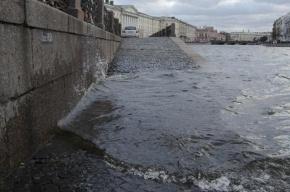 Петербург пережил шторм и наводнение в это воскресенье