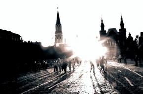 Россияне возмущены павильоном-сундуком на Красной площади