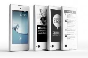 Продажи российского смартфона YotaPhone начнутся уже в декабре