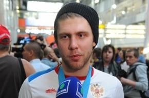 Хоккеисту Варламову предъявили обвинения в бытовом насилии