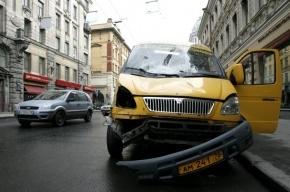 На Урале маршрутка с призывниками столкнулась с грузовиком, погибло четверо