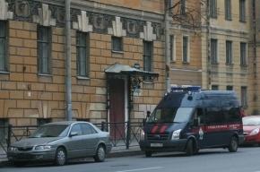 В Петербурге учитель физкультуры подозревается в надругательстве над малолетней