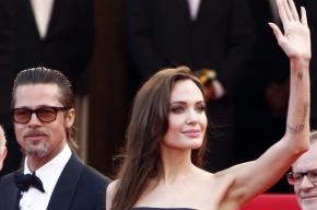 Анджелина Джоли подарит Брэду Питту на 50-летие остров в форме сердца