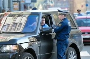 В Петербурге водитель, попавший в «ловушку» ГИБДД, вернул права через суд