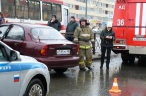 В массовом ДТП в Колпинском районе пострадали два человека