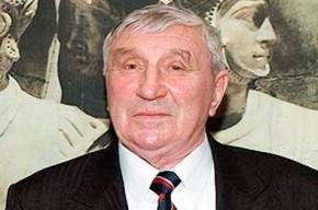 Скончался известный хоккеист и тренер Николай Карпов