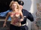 Акция Femen в Мадриде 20 декабря 2013 года : Фоторепортаж