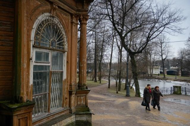 Лопухинский сад: в ожидании реставрации : Фото