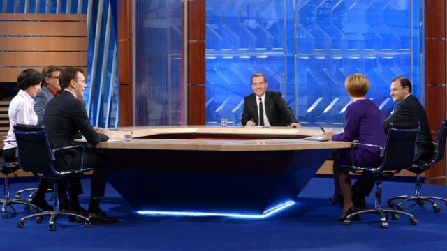 Дмитрий Медведев, интервью телеканалам 6 декабря 2013: Фото