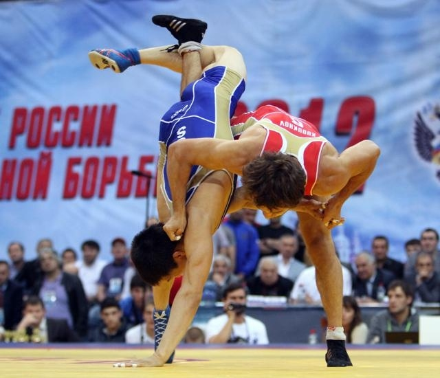 В автокатастрофе погиб двукратный призер Олимпиады по вольной борьбе Бесик Кудухов : Фото