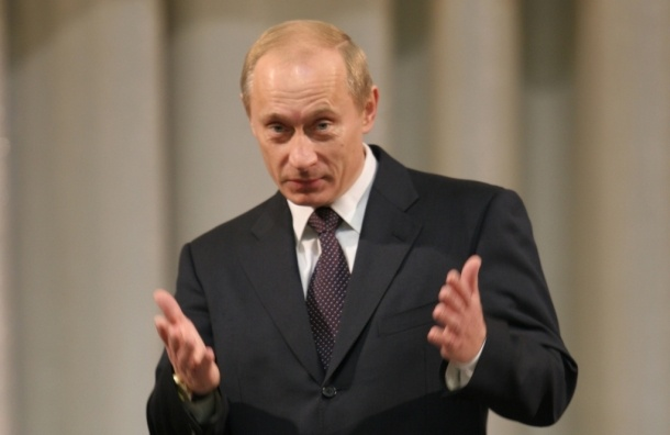 Опрос: каждый третий россиянин не поддерживает Путина