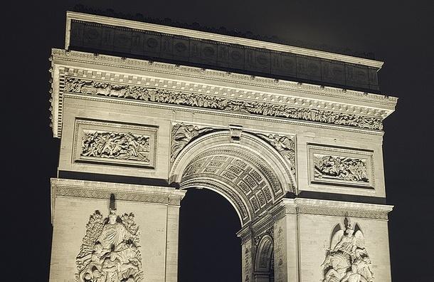 В Красном Селе собирают подписи против триумфальной арки