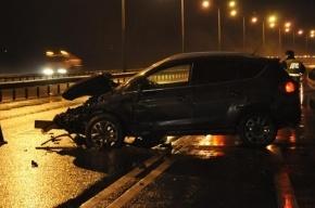 На Волхонском шоссе Volkswagen съехал в кювет. Пострадали двое детей