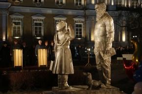 В Петербурге открыли памятник суворовцам
