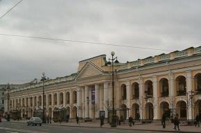 Над Гостиным двором в Петербурге соорудят купол