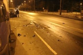 На Пискаревском проспекте ночью произошло массовое ДТП