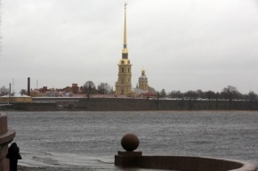 В Неве поднимается вода. Могут закрыть дамбу