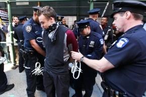 В Нью-Йорке 400 подростков разгромили торговый центр и устроили акцию «выруби прохожего»