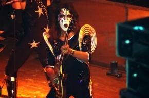 В пригороде Нью-Йорка сгорел дом гитариста группы Kiss