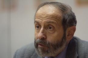 Депутаты ЗакСа хотят заставить Смольный чаще заседать