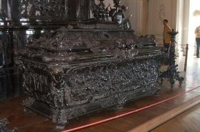 Создание копии гробницы А. Невского оценили в 330 млн рублей