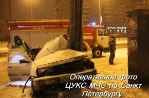 Ночной снегопад в Петербурге привел к нескольким ДТП с пострадавшими