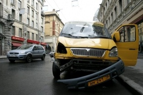 В Петербурге 13 водителей маршруток оштрафованы за небезопасные перевозки