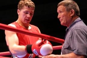 Российский боксер Матвей Коробов нокаутировал американца Эдвардса