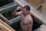 В крещенских купаниях в Петербурге приняли участие 60 тысяч человек : Фоторепортаж